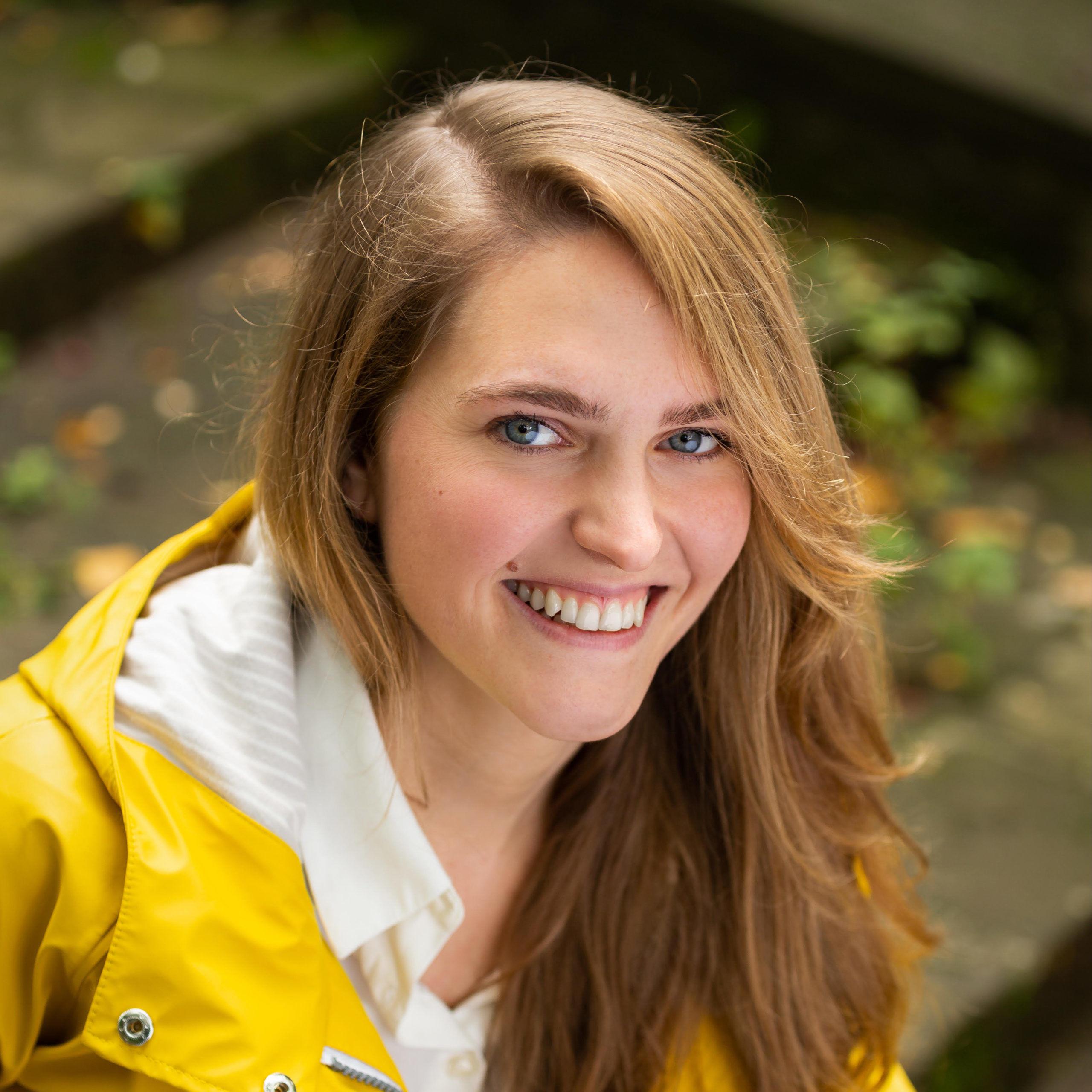 Laura Elßel Synchronsprecherin Audio Sängerin BA Musikproduktion Freelancer
