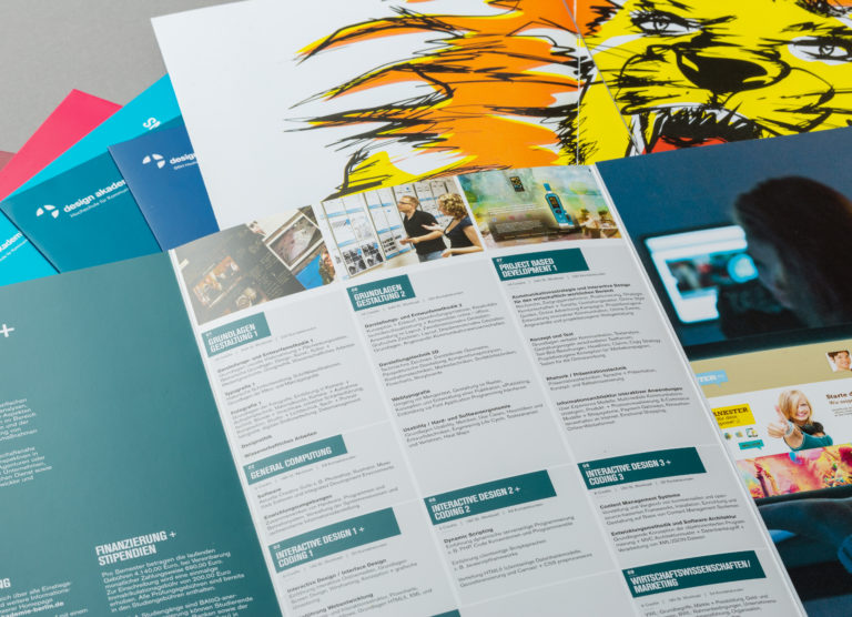 Flyer Design Flyergestaltung Informationsbroschüre